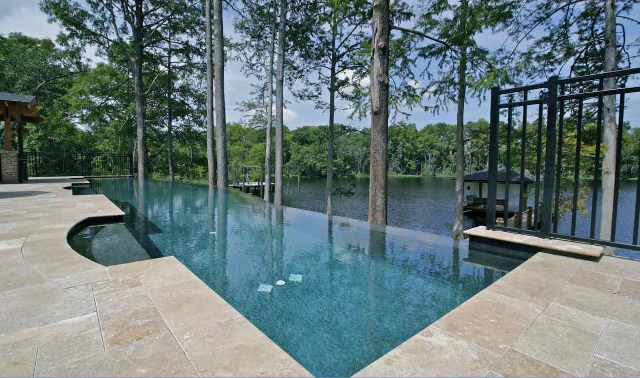 Infinity pools jacksonville vanishing edge pools by for Pool negative edge design