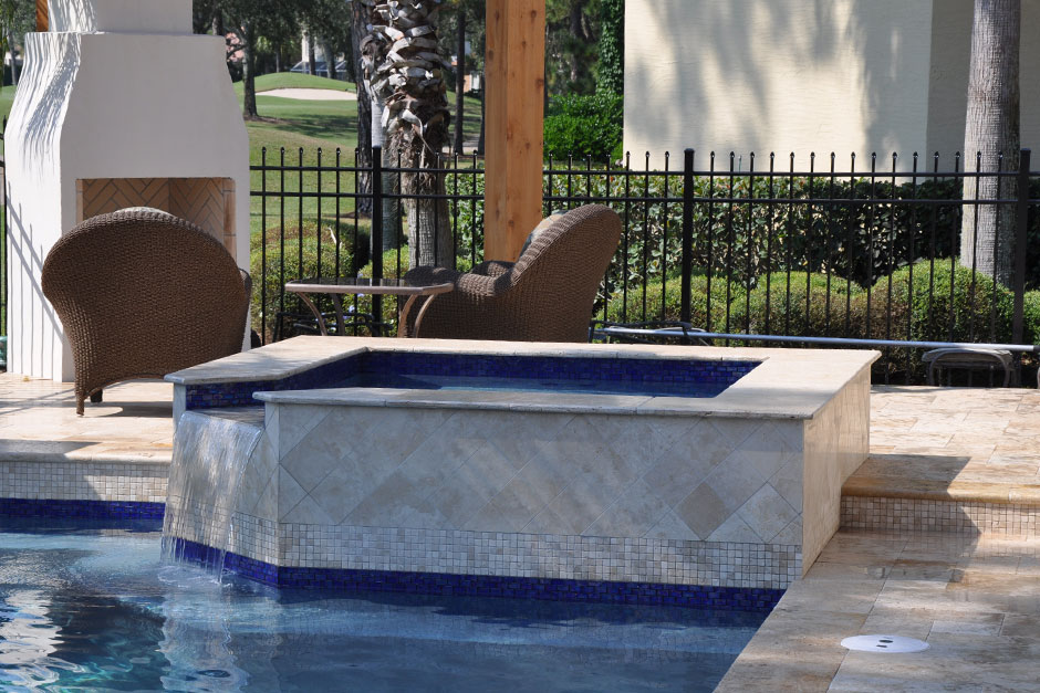 Crown Pool And Spa Construction Inc